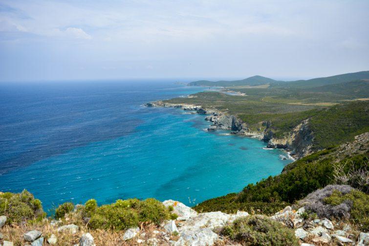 Visiter au Cap Corse : Sentier des douaniers