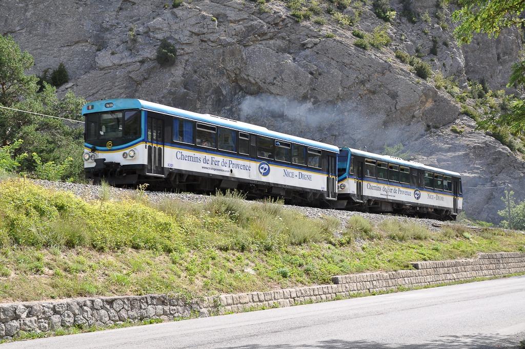 Train_des_pignes_Automotrices_Ligne_de_Nice__Digne