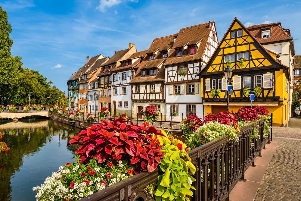 Vieille ville de Colmar, Alsace, France par jour ensoleillé