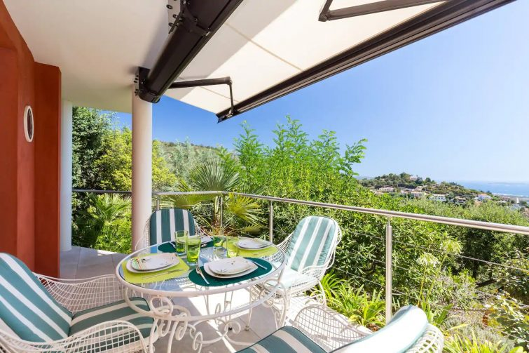 Appartement sur les collines à Mandelieu-la-Napoule