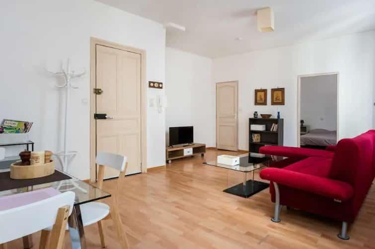 Grand et lumineux appartement en plein centre