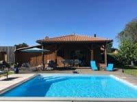 Maison de vacances avec jardin et piscine