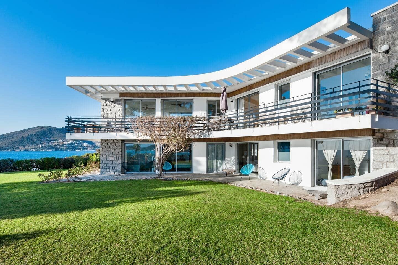 Villa exceptionnelle et accès mer privé