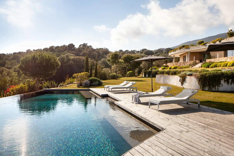 Airbnb Corse