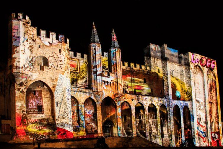 Visiter Avignon : les luminescences d'Avignon