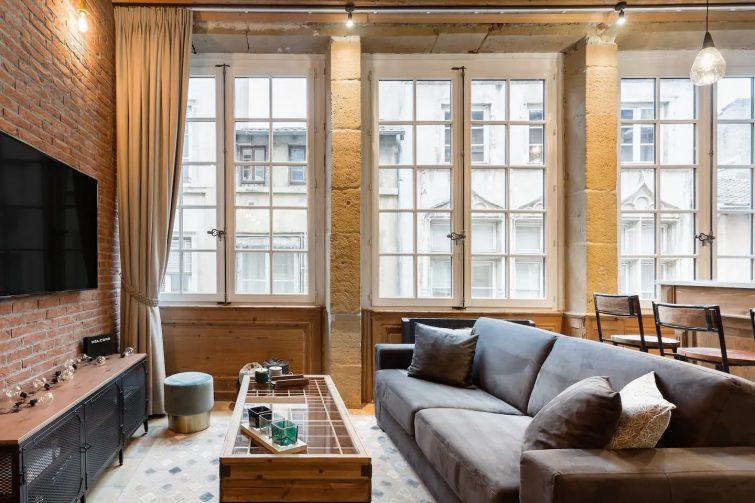 """are Appartement """"Spa Jaccuzi"""" Cœur Vieux Lyon"""
