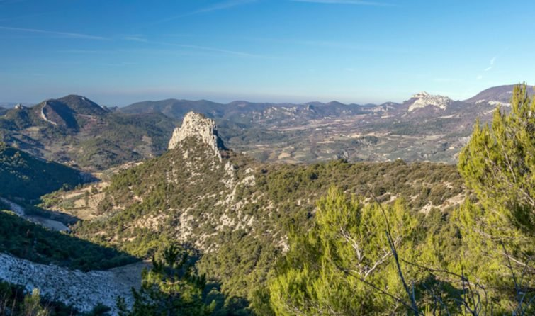 Visiter le Parc Naturel Régional des Baronnies Provençales en moto