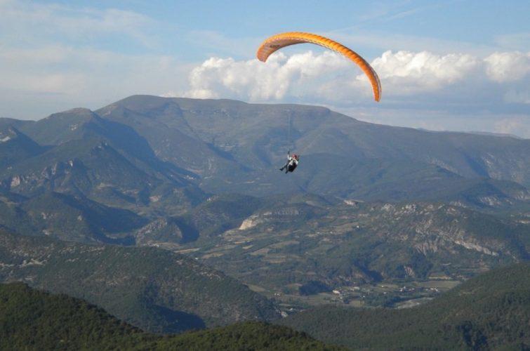 Visiter le Parc Naturel Régional des Baronnies Provençales en parapente