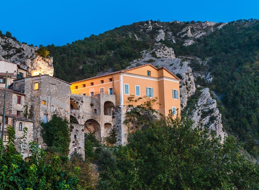 Plus beaux villages autour de Nice : Peille