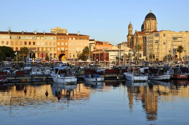 Location de bateau à Sainte-Maxime : comment faire et où ?