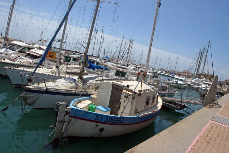 Location de bateau aux Saintes-Maries-de-la-Mer