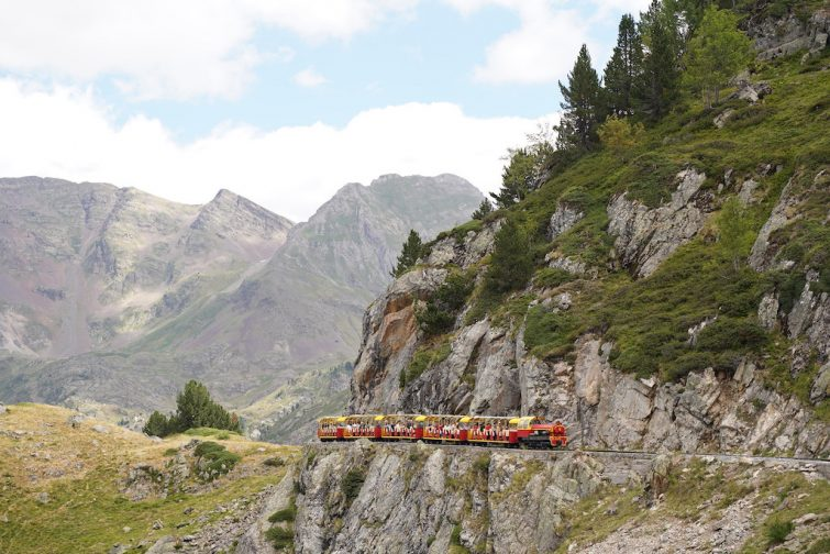 Visiter la Vallée d'Ossau : le train d'Artouste