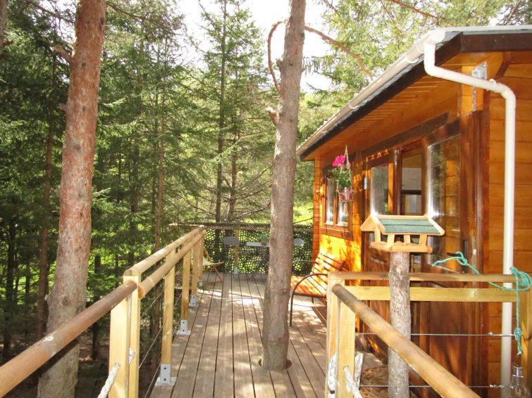 Maison de vacances coquette à Aiguines avec jardin