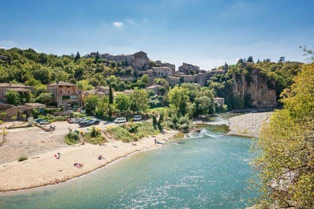 Les 18 plus beaux villages d'Ardèche