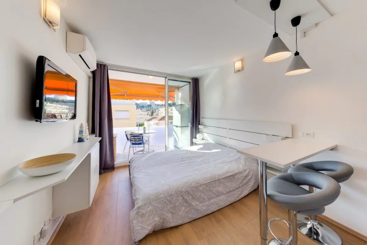 Studio la plage: Top position! Free Parking & AC