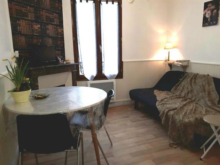 """Appartement """"Les voyages de Nastia"""" Provins centre"""