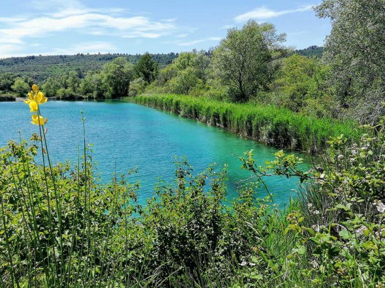 visiter luberon : 7 Lacs Beaumont
