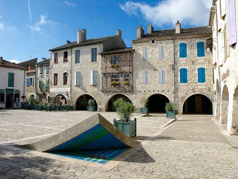 Place des Cornières - Lauzerte