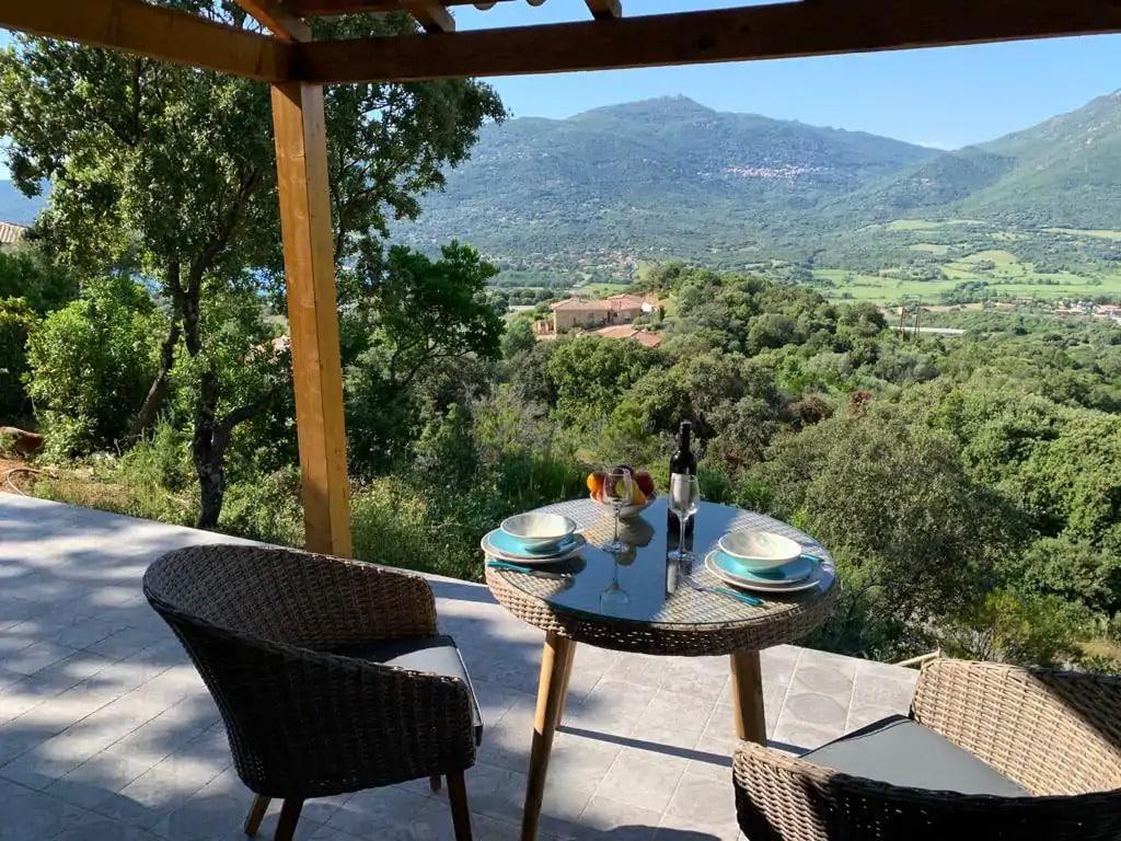 Mini Villa vue sur la montagne