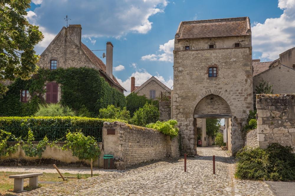 visiter Allier - Villages d'Auvergne Rhône-Alpes : Charroux