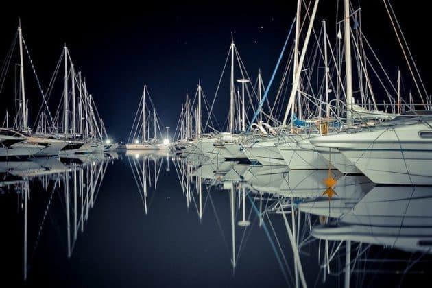 Location de bateau à Juan-les-Pins : comment faire et où ?