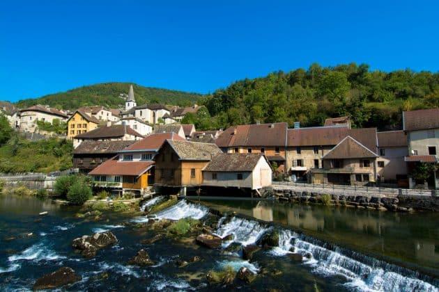 Les 14 plus beaux villages de Bourgogne Franche-Comté