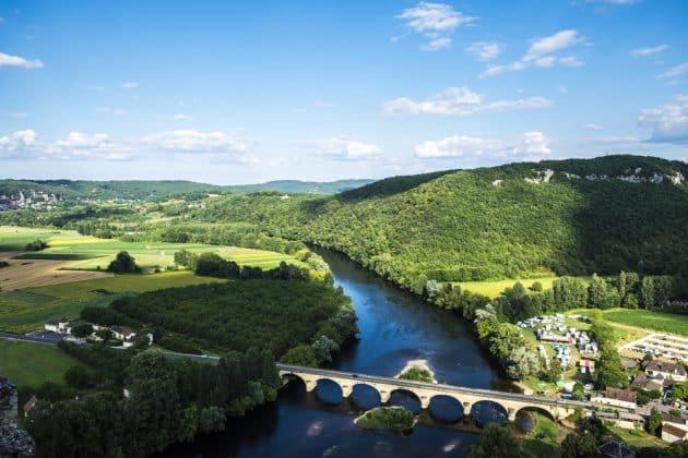 La Dordogne en camping-car : conseils, aires, itinéraires