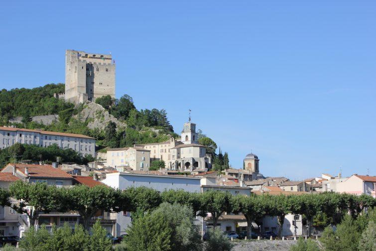Visiter Drôme : la Tour de Crest