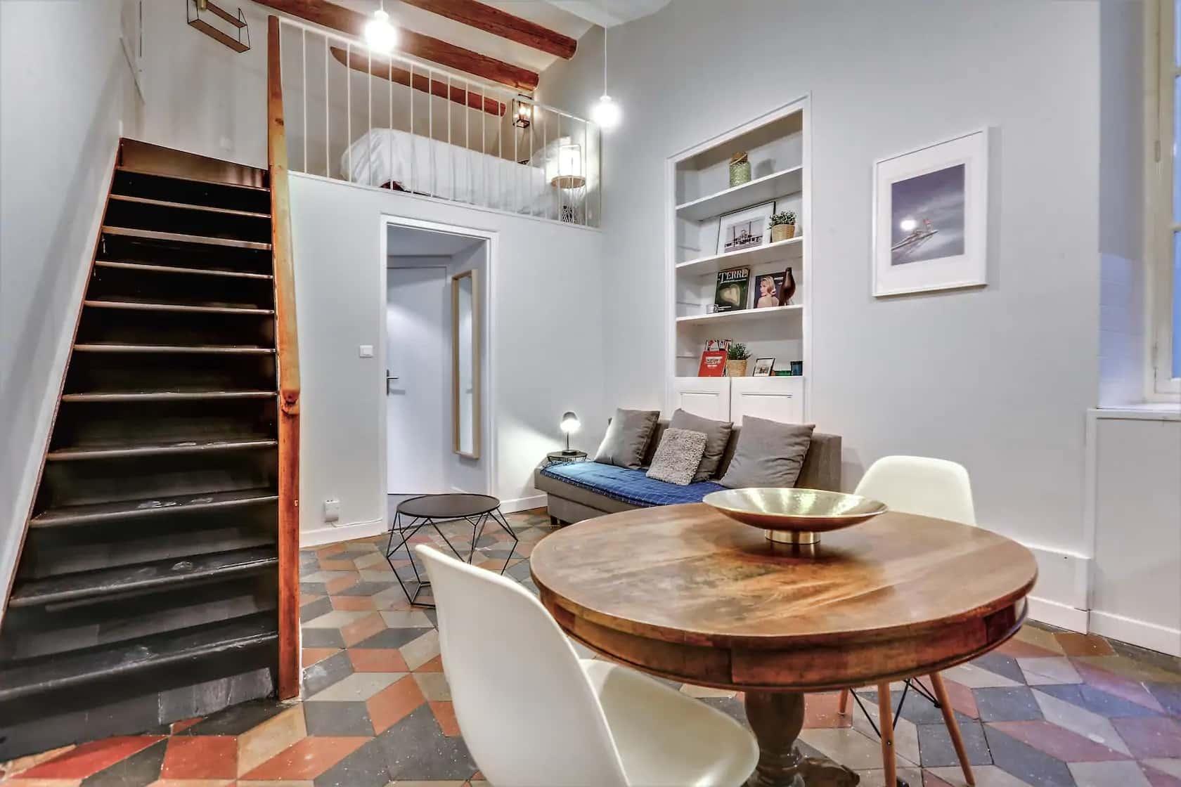 Cosy petit loft en duplex, hyper centre Grenoble