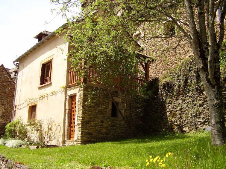 Dormir à Belcastel : maison individuelle