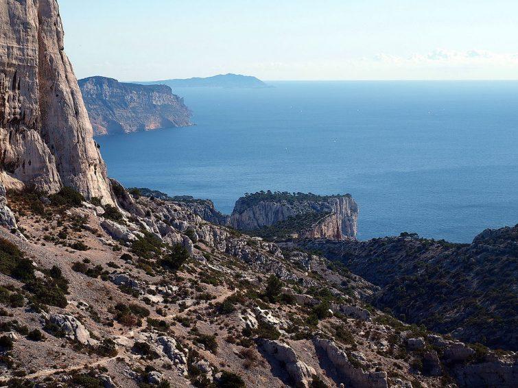Kayak de mer en Provence : Calanques et falaises du Devenson