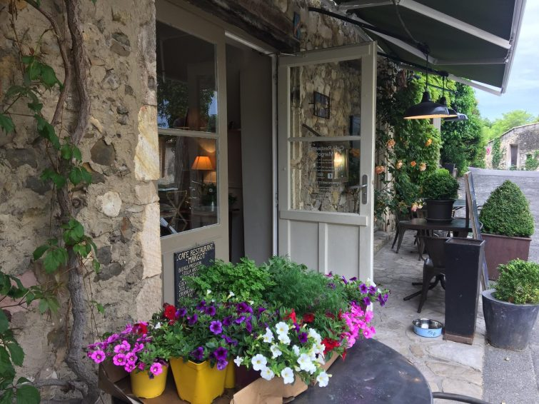 Manger à Mirmande : Café restaurant Margot
