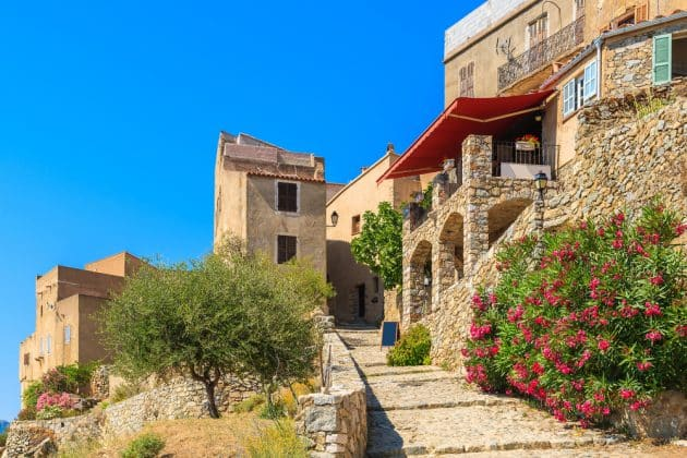 Où dormir à Sant'Antonino ?