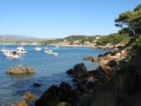 Location de bateau à Saint-Cyr-sur-Mer : comment faire et où ?