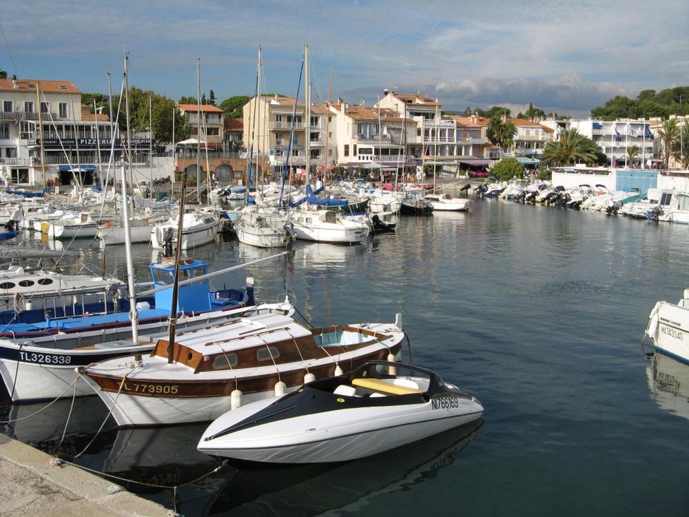 Bateau Saint-Cyr