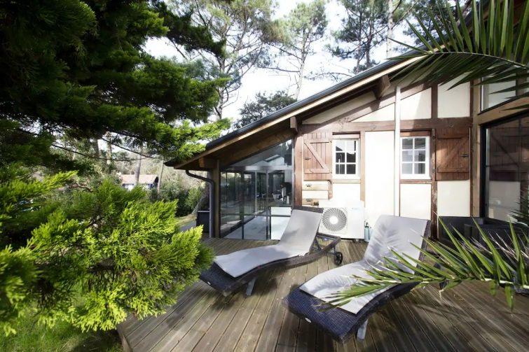 200 m de la plage studio avec terrasse bois