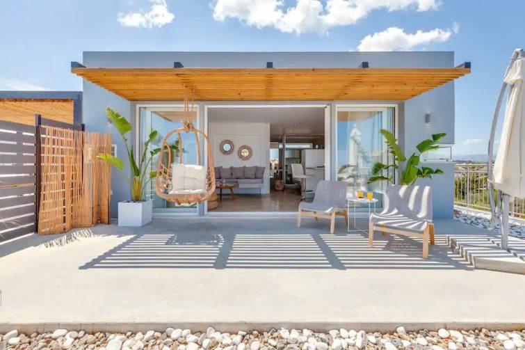 Designer Penthouse With Panoramic Views