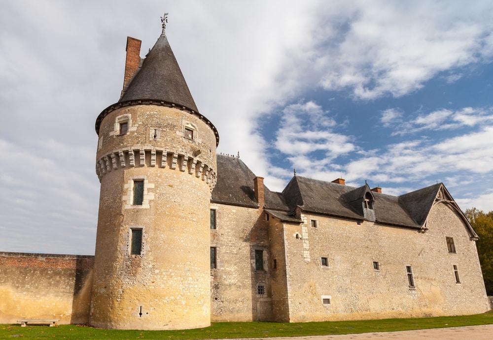 Chateau Fougères sur Bièvres