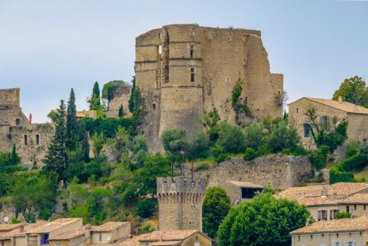 visiter Montbrun les bains - Chateau Montbrun