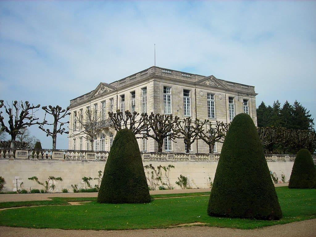 Chateau de Bouges