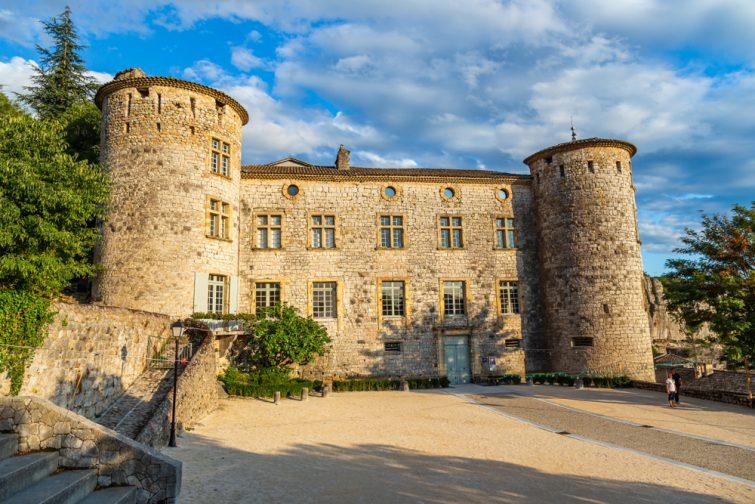 Chateau vogue