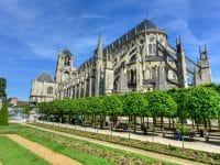 Comment et où louer un Camping-Car dans la région de Bourges ?