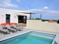 Villa d'architecte avec piscine à La Palme