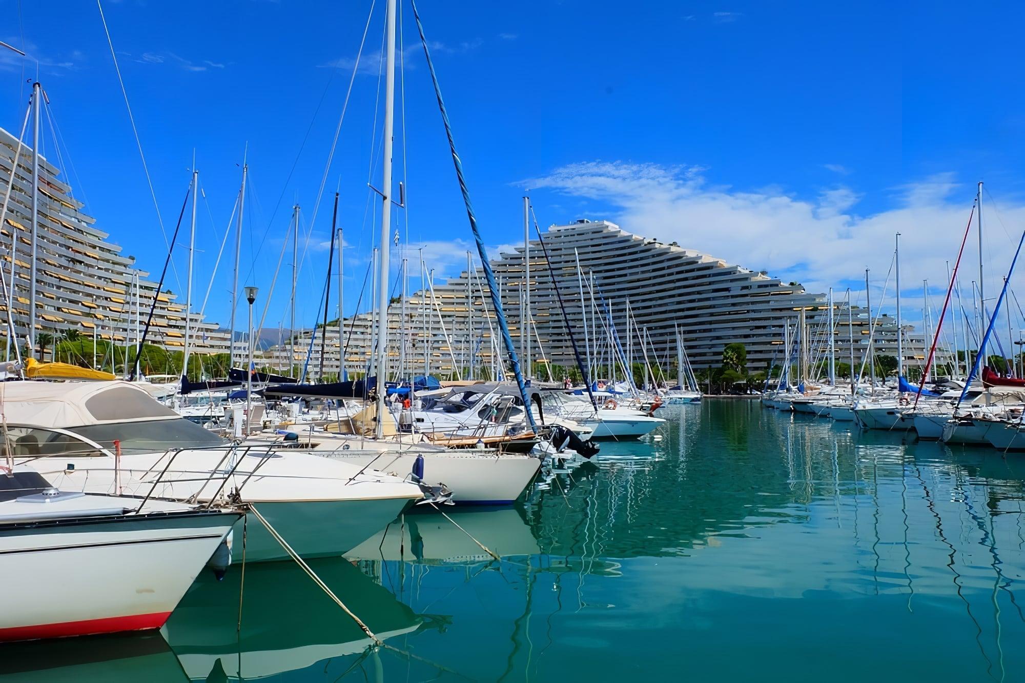 location bateau Villeneuve-Loubet