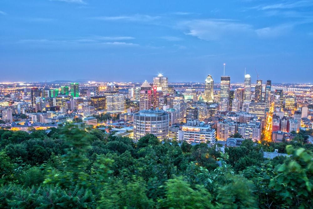 Vue de la Skyline de Montréal by night