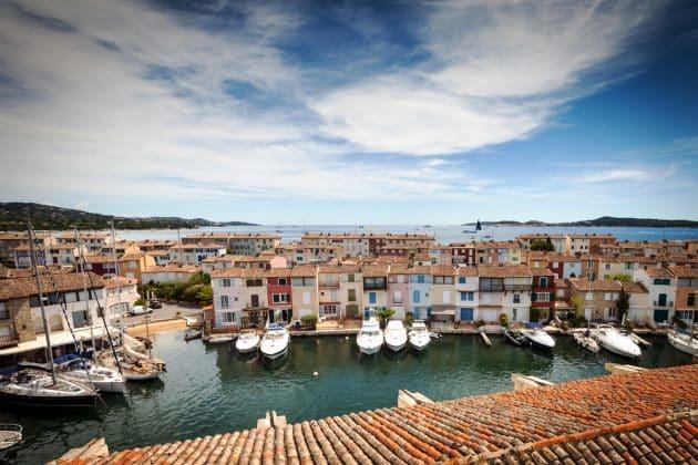 Location de bateau à Port Grimaud : comment faire et où ?