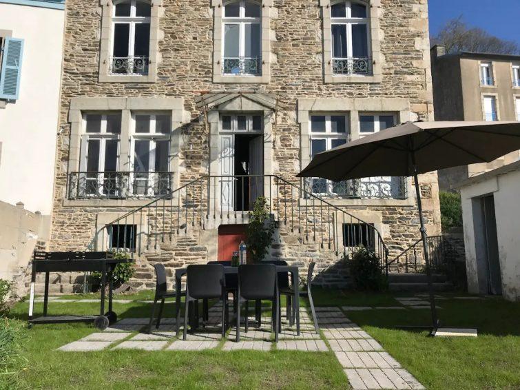 Appartement charmant au centre ville avec jardin