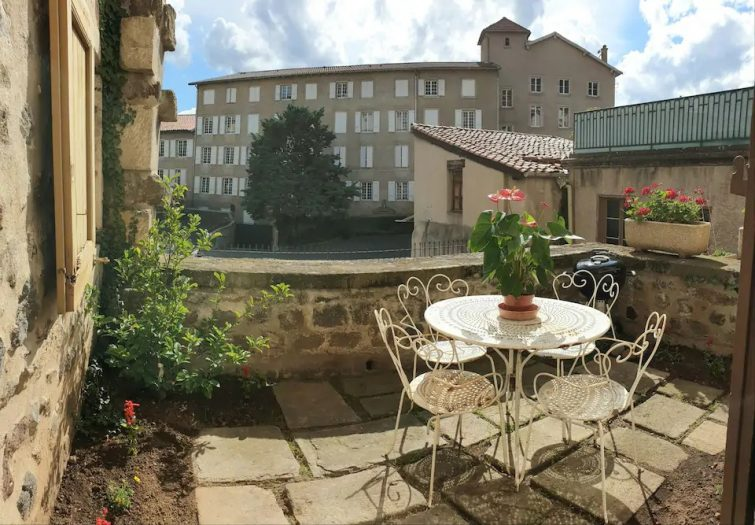 Welcome to Le Puy ! Cosy appartement + terrasse