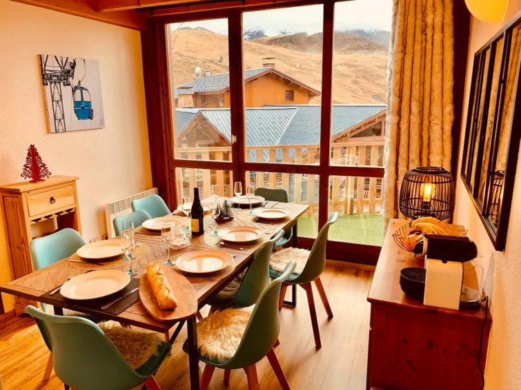 Grand duplex vue panoramique plein sud Rénov in p - airbnb Trois Vallées
