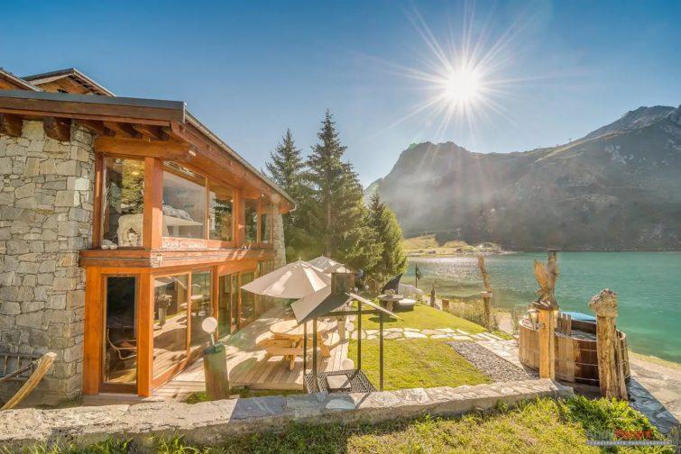 Chalet Lake Lodge